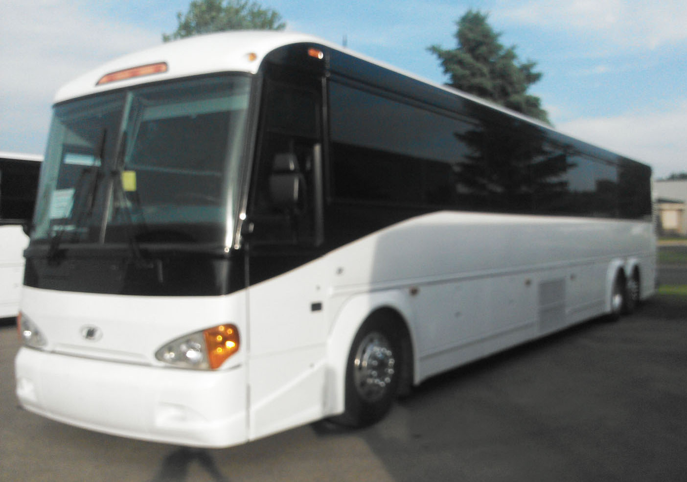 2007 Mci D4505 Buses And More
